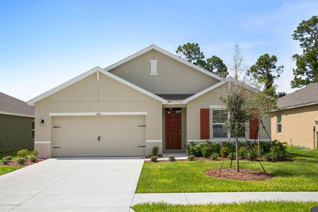 290 Forest Trace Circle, Titusville, FL 32780 (MLS #888444) :: Premium Properties Real Estate Services