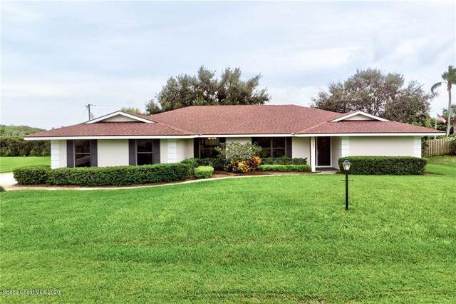 752 S Fischer Circle, Sebastian, FL 32958 (MLS #888509) :: Premium Properties Real Estate Services
