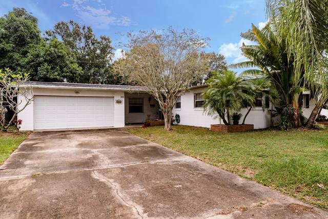 320 Jamaica Drive, Merritt Island, FL 32952 (MLS #888511) :: Premium Properties Real Estate Services