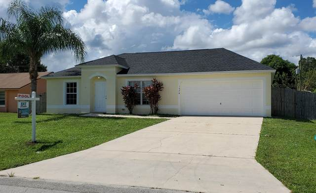 1574 NW Glencove Avenue NW, Palm Bay, FL 32907 (MLS #888538) :: Premium Properties Real Estate Services