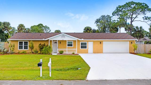 521 Klamath Street NE, Palm Bay, FL 32907 (MLS #888738) :: Coldwell Banker Realty