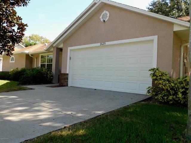 2025 Adirondack Circle, Melbourne, FL 32935 (MLS #888900) :: Premium Properties Real Estate Services
