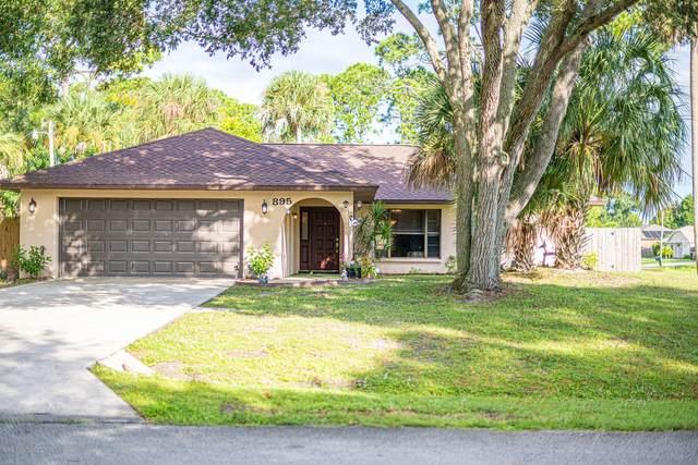 895 Hawser Street NE, Palm Bay, FL 32907 (MLS #888902) :: Coldwell Banker Realty