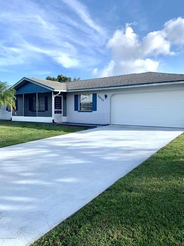 2577 Wright Avenue, Melbourne, FL 32935 (MLS #888914) :: Coldwell Banker Realty