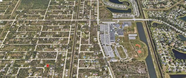 2055 Gale Avenue SW, Palm Bay, FL 32908 (MLS #888967) :: Premier Home Experts