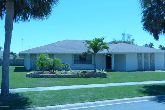 207 Elm Avenue, Melbourne Beach, FL 32951 (MLS #889119) :: Armel Real Estate