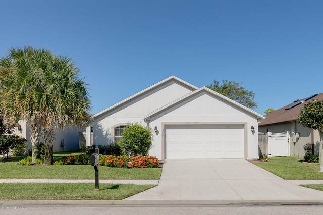 3227 Constellation Drive, Melbourne, FL 32940 (MLS #889190) :: Coldwell Banker Realty