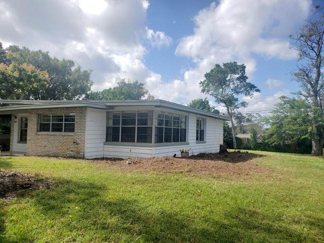 1870 Smith Drive S, Titusville, FL 32780 (MLS #889237) :: Coldwell Banker Realty