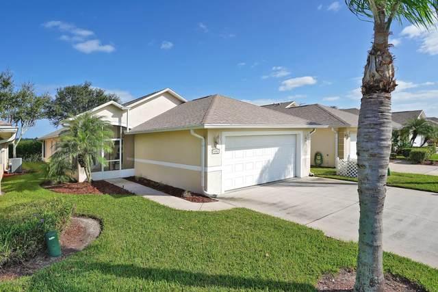 4301 Timothy Drive, Merritt Island, FL 32953 (MLS #889455) :: Premium Properties Real Estate Services