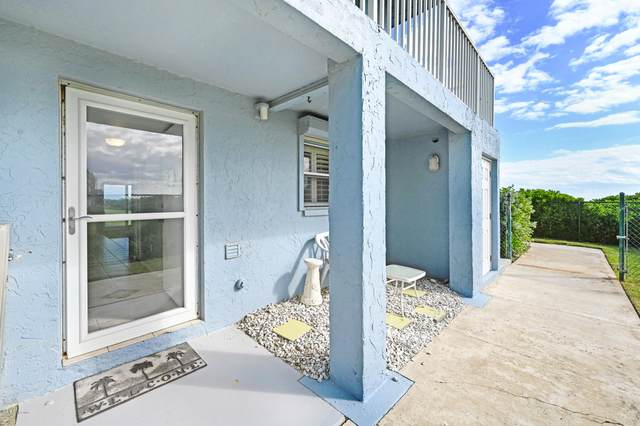 307 Highway A1a #3, Satellite Beach, FL 32937 (MLS #889594) :: Engel & Voelkers Melbourne Central