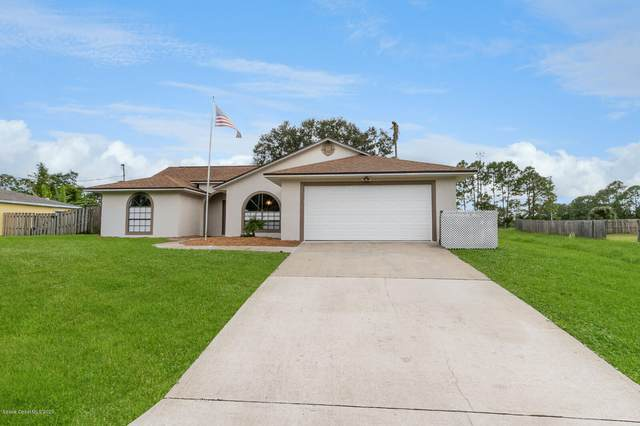 1182 Beacon Street NW, Palm Bay, FL 32907 (MLS #889802) :: Premium Properties Real Estate Services