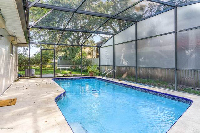 355 W Venetian Court, Merritt Island, FL 32953 (MLS #889823) :: Premium Properties Real Estate Services