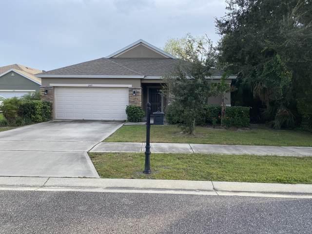 2485 Falcon Lane, Mims, FL 32754 (MLS #889856) :: Premium Properties Real Estate Services