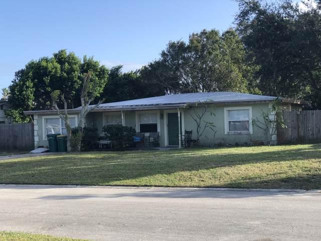 661 Nida Drive, Melbourne, FL 32935 (MLS #889912) :: Premium Properties Real Estate Services