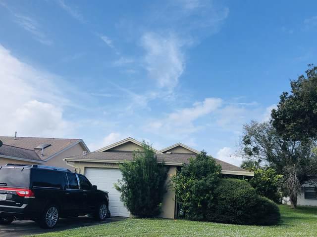 3716 Dogwood Court, Melbourne, FL 32935 (MLS #889952) :: Premium Properties Real Estate Services