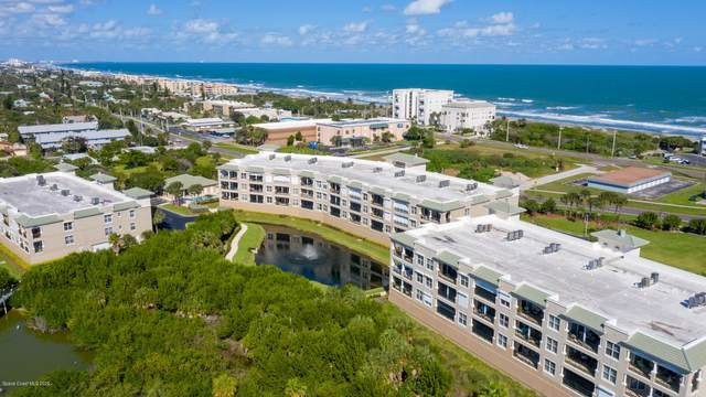 2012 Julep Drive #304, Cocoa Beach, FL 32931 (MLS #890034) :: Premium Properties Real Estate Services