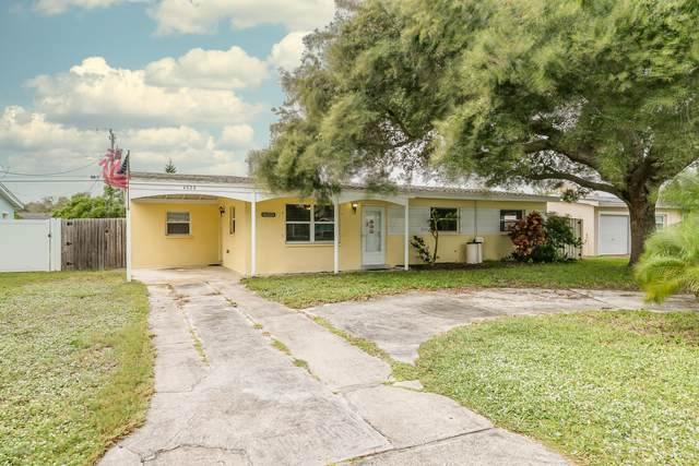 4326 Yorkshire Drive, Melbourne, FL 32935 (MLS #890086) :: Premium Properties Real Estate Services