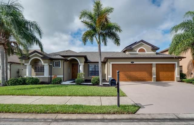 1473 Bent Palm Drive, Merritt Island, FL 32952 (MLS #890264) :: Coldwell Banker Realty