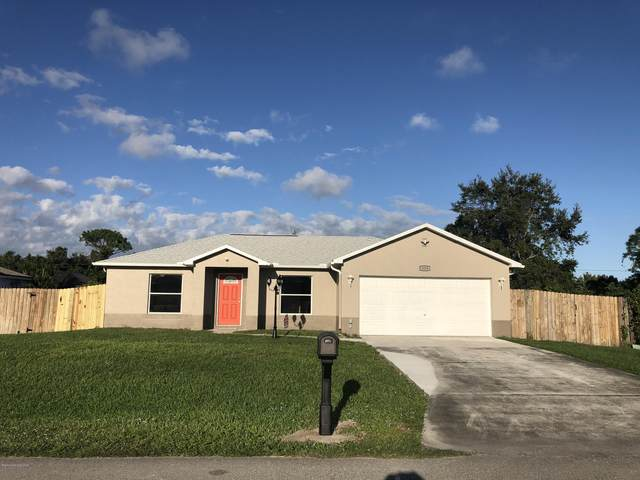325 Hawthorne Lane NE, Palm Bay, FL 32907 (MLS #890280) :: Coldwell Banker Realty