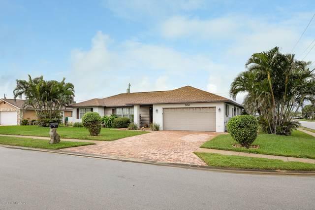 700 Palm Drive, Satellite Beach, FL 32937 (MLS #890335) :: Premium Properties Real Estate Services