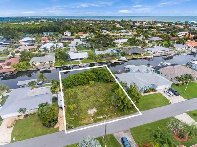 326 Hiawatha Way, Melbourne Beach, FL 32951 (MLS #890572) :: Blue Marlin Real Estate