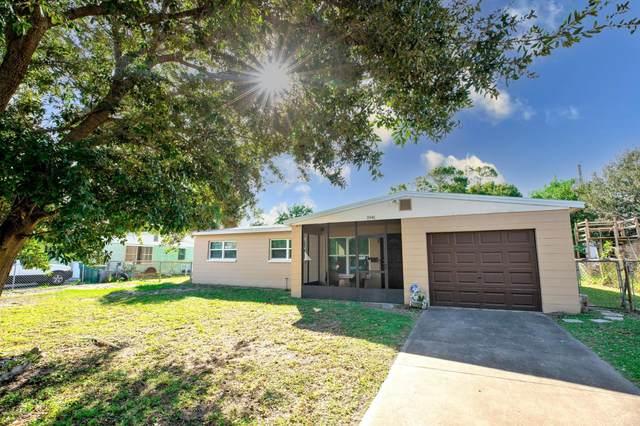 1941 Washington Avenue, Melbourne, FL 32935 (MLS #890618) :: Premium Properties Real Estate Services
