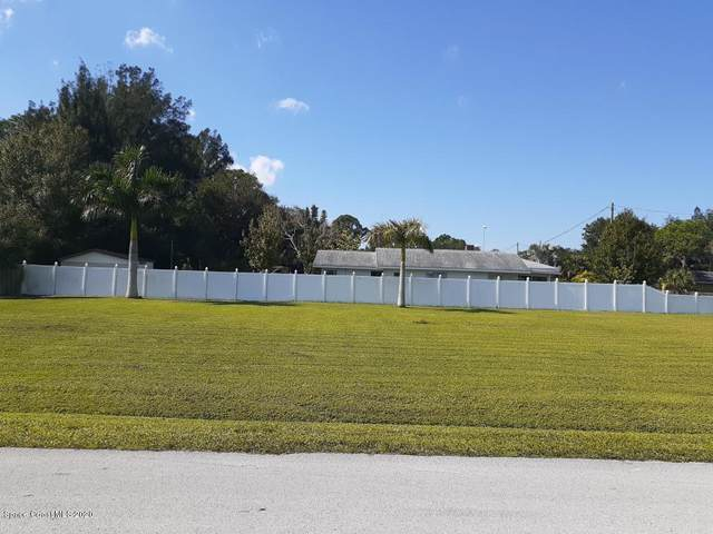 2596 First Avenue, Palm Bay, FL 32905 (MLS #890624) :: Premium Properties Real Estate Services