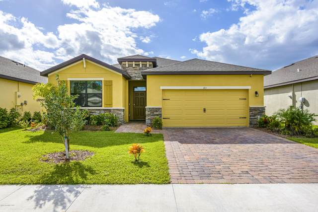 713 Old Country Road SE, Palm Bay, FL 32909 (MLS #890699) :: Premium Properties Real Estate Services