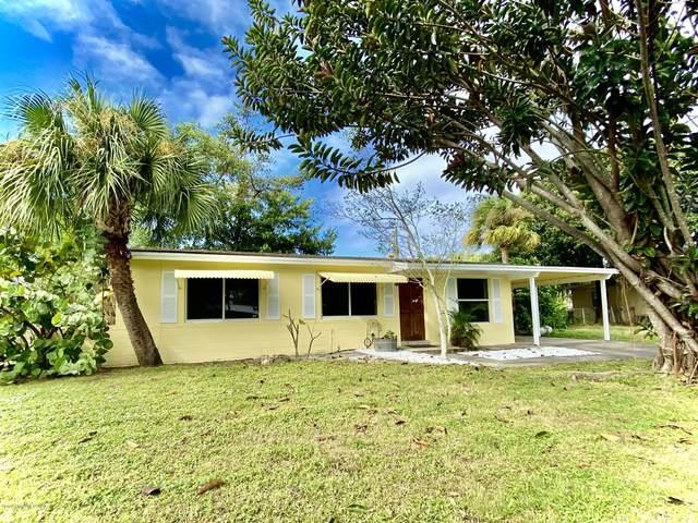 1175 Delmonte Street, Merritt Island, FL 32953 (MLS #890720) :: Premium Properties Real Estate Services