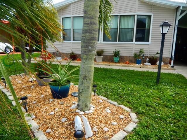 805 Oleander Circle, Barefoot Bay, FL 32976 (MLS #890802) :: Engel & Voelkers Melbourne Central