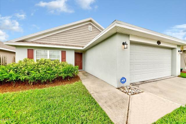 2122 Raleigh Drive, Titusville, FL 32780 (MLS #890812) :: Premium Properties Real Estate Services
