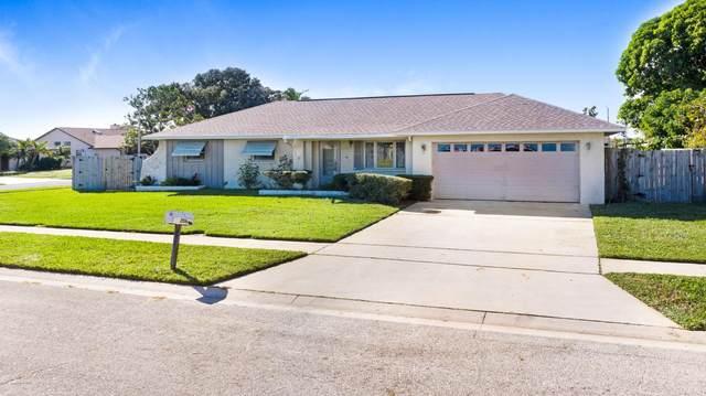 2155 Dumas Street, Merritt Island, FL 32952 (MLS #891097) :: Premium Properties Real Estate Services
