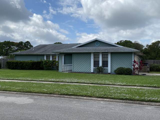 2428 Empire Avenue, Melbourne, FL 32934 (MLS #891678) :: Blue Marlin Real Estate