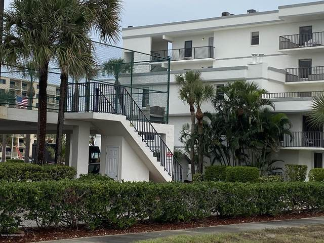 7400 Ridgewood Avenue #102, Cape Canaveral, FL 32920 (MLS #891846) :: Engel & Voelkers Melbourne Central