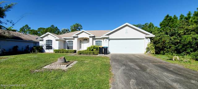 635 SE Flynn Street SE, Palm Bay, FL 32909 (MLS #892043) :: Premier Home Experts