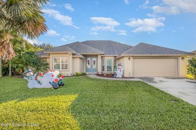 2975 Savannahs Trail, Merritt Island, FL 32953 (MLS #893757) :: Blue Marlin Real Estate