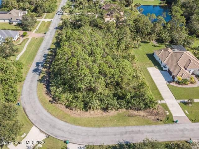 2041 Siroco Lane Lane, Melbourne, FL 32934 (MLS #893950) :: Blue Marlin Real Estate