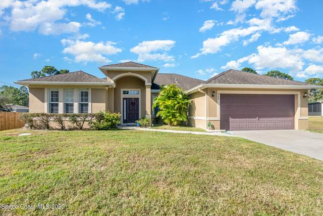 560 El Sito Avenue SE, Palm Bay, FL 32909 (MLS #894675) :: Blue Marlin Real Estate