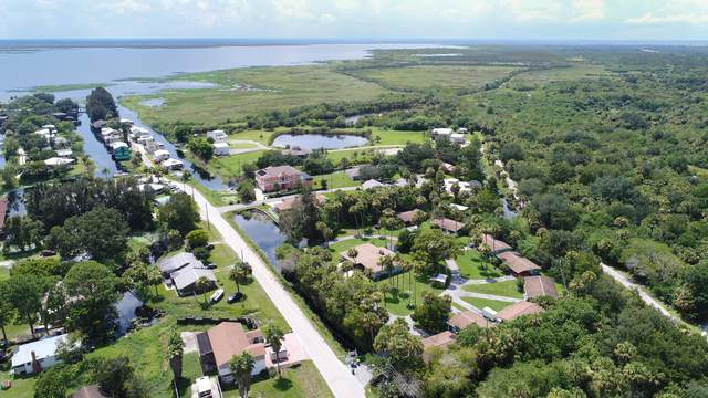 651 Bird Island Drive, Cocoa, FL 32926 (MLS #894684) :: Premium Properties Real Estate Services