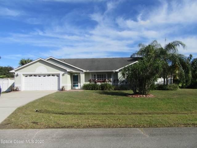 1061 Pembroke Avenue NE, Palm Bay, FL 32907 (MLS #894783) :: Engel & Voelkers Melbourne Central
