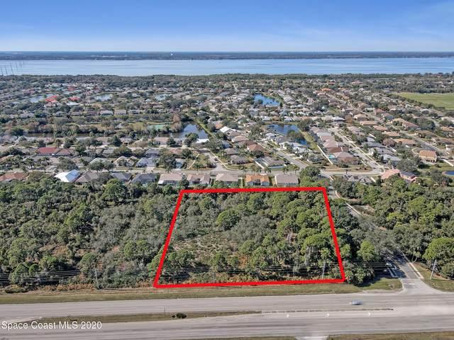 3819 N Courtenay Parkway, Merritt Island, FL 32953 (MLS #895118) :: Engel & Voelkers Melbourne Central
