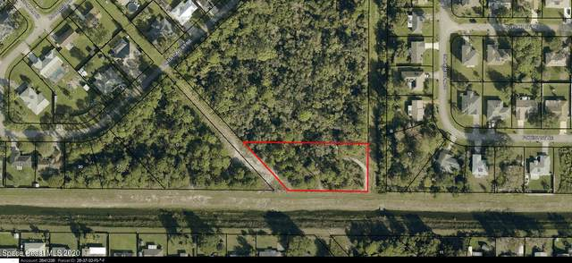 750 Firestone Street NE, Palm Bay, FL 32907 (MLS #896846) :: Engel & Voelkers Melbourne Central