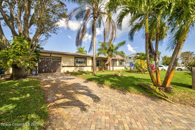 433 S Neptune Drive, Satellite Beach, FL 32937 (MLS #897226) :: Premium Properties Real Estate Services