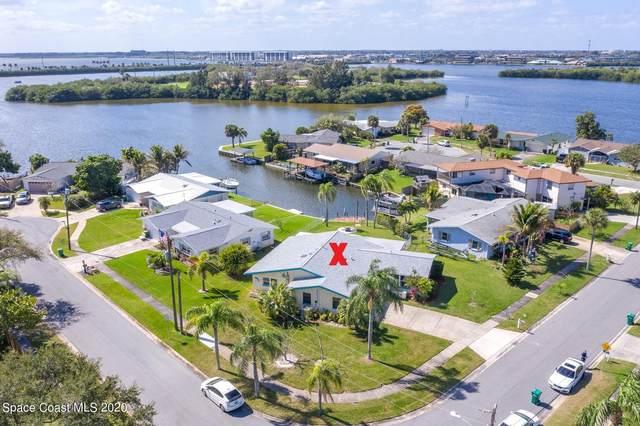 1295 Island Drive, Merritt Island, FL 32952 (MLS #897612) :: Engel & Voelkers Melbourne Central