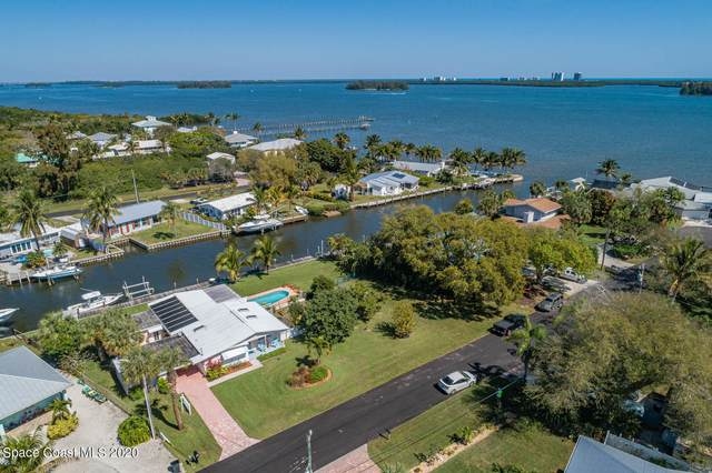 444 Waters Drive, Ft. Pierce, FL 34946 (#898168) :: The Reynolds Team/ONE Sotheby's International Realty