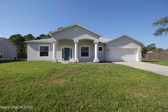 1424 Hero Street SE, Palm Bay, FL 32909 (MLS #898326) :: Coldwell Banker Realty