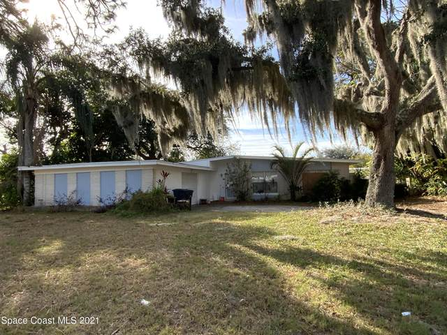 1340 Dozier Avenue, Titusville, FL 32780 (MLS #898351) :: Coldwell Banker Realty