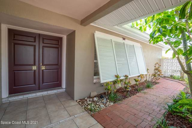 498 Brightwaters Drive, Cocoa Beach, FL 32931 (MLS #898553) :: Premium Properties Real Estate Services