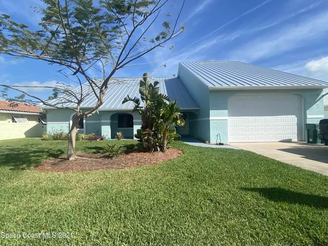 341 Jack Drive, Cocoa Beach, FL 32931 (MLS #898672) :: Blue Marlin Real Estate