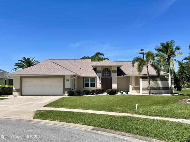 483 Kimberly Drive, Melbourne, FL 32940 (MLS #898813) :: Premium Properties Real Estate Services